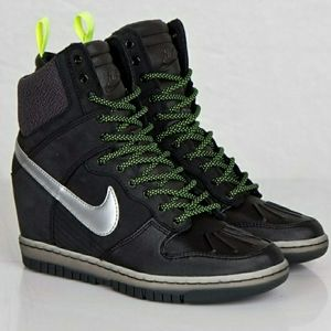 Nike High Dunk Size 7